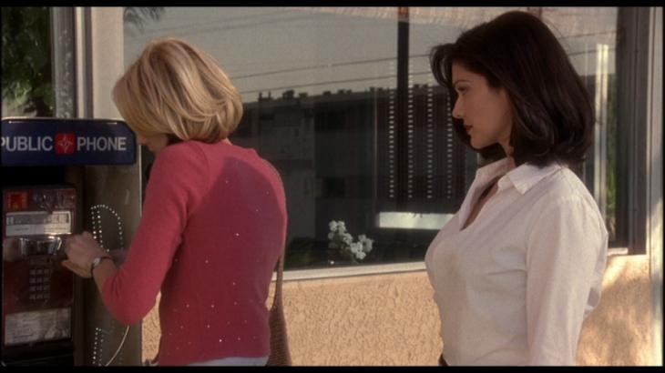 Mulholland Drive (Dir. David Lynch, 2001)